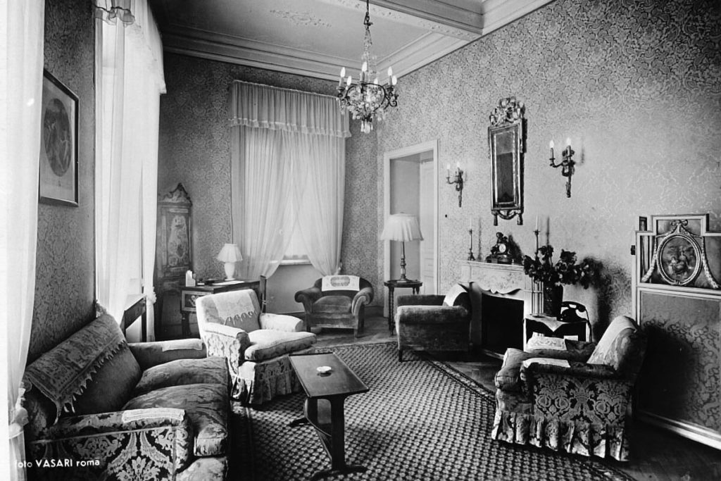 The Hotel Majestic Roma in the 1930s