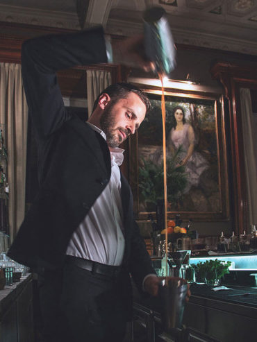 Barman al lavoro