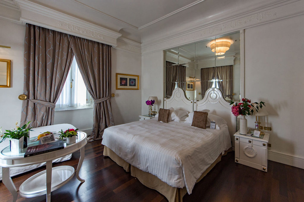 Hotel Majestic Roma - Deluxe Triple Room
