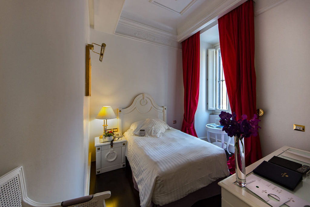 Hotel Majestic Roma - Single Room