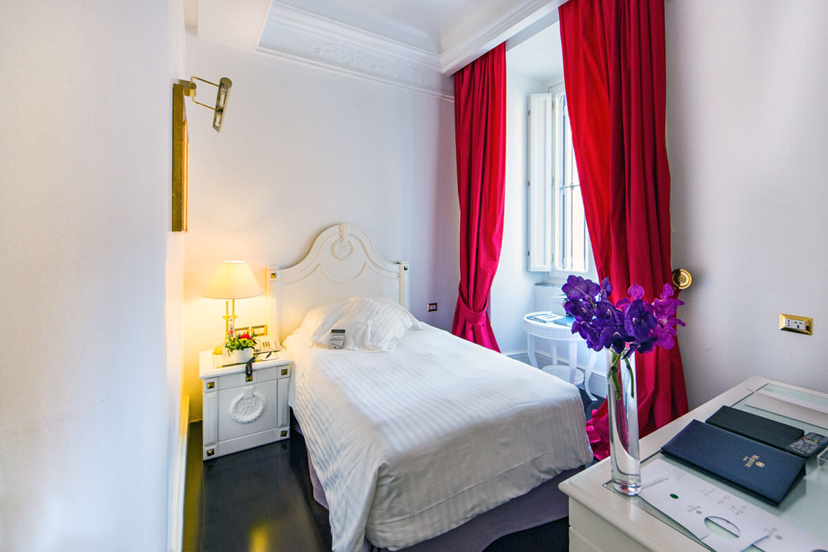 Classic Single Room - Hotel Majestic Roma
